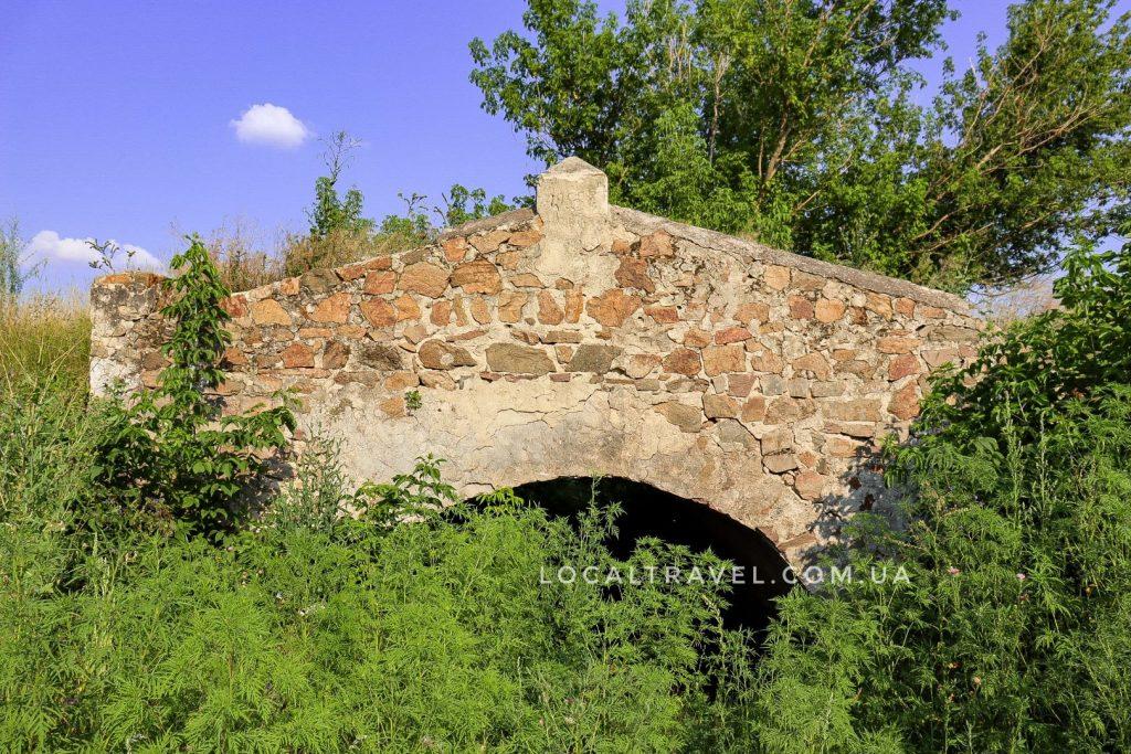 Каменный мост близ села Червоногорка